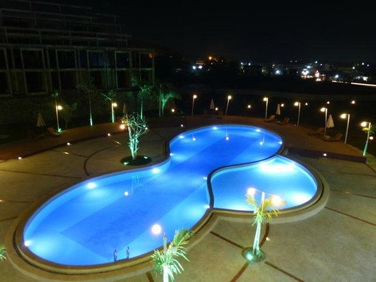 Xishuangbanna Hotel : pool 3