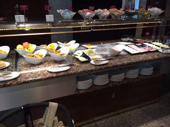 Hotel San Juan de los Reyes : Zumo natural a 1,50€ y esto es todo
