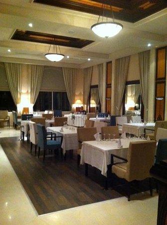 SENTIDO Aziza Beach Golf & Spa: international restaurant