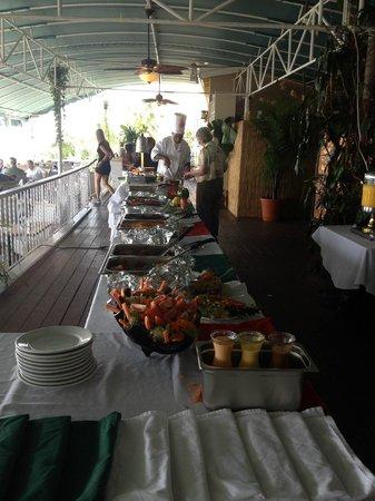 Mafolie Restaurant : Brunch Buffet table