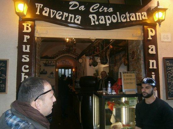 Da Ciro Taverna Napoletana: il locale