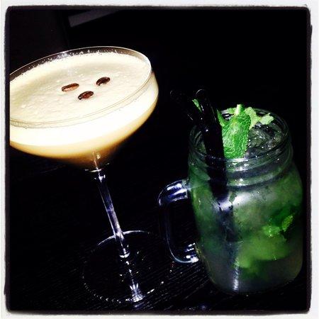 Stoke Place: Espresso Martini and mojito in the bar
