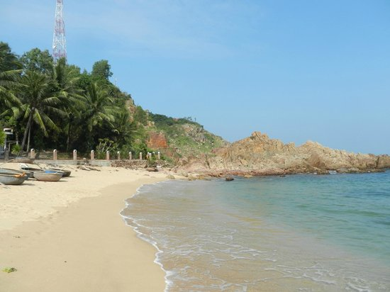 Haven Vietnam: view from other side of the beach