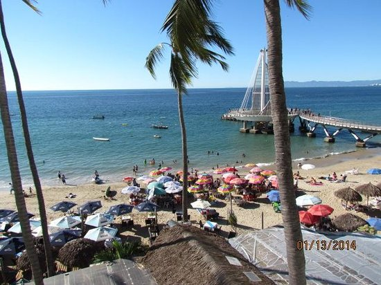 Emperador Vallarta Beachfront Hotel & Suites: view from our balcony, which was large by the way