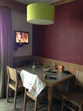 Maeva Résidence Les Chalets de Valmorel : The Dining area