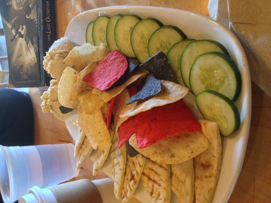 Joe Sippers Cafe: Delicious, fresh Hummus Plate