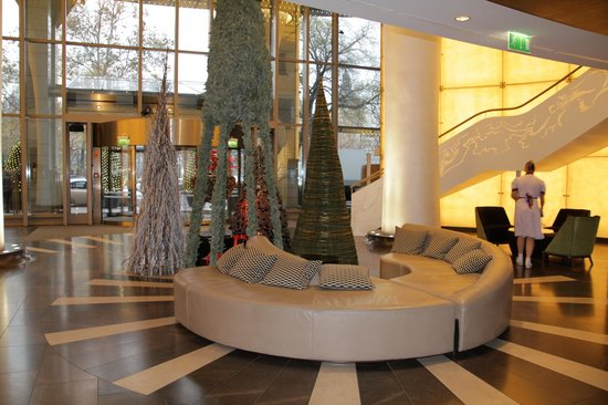 Kempinski Hotel Corvinus Budapest: lobby