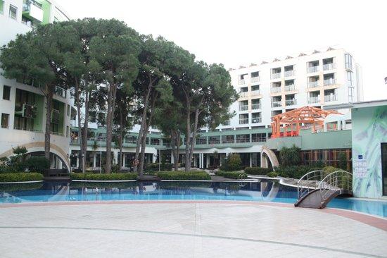 Limak Atlantis Deluxe Hotel & Resort: Haupthaus