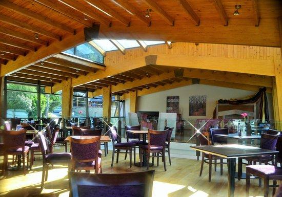 Alma del Lago Suites & Spa: Mítico bistró, lindísimo lugar para comer o tomar algo