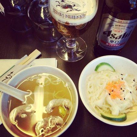 Yoko Sushi: Soupe & salade