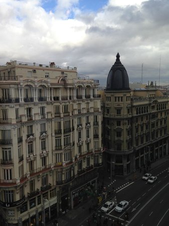 Hostal Go Inn Madrid : Gran Via - view from room