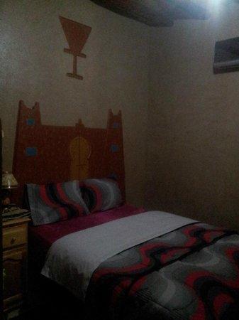 Auberge Les Roches : habitación