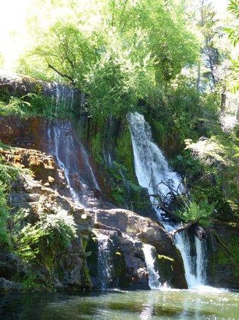 Cascada Mallin Ahogado : cascada del mallin ahogado