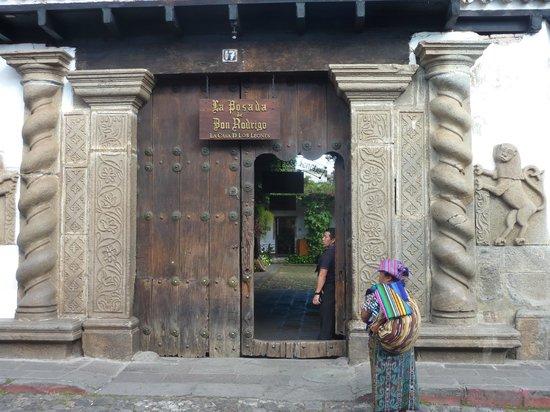 Hotel Posada de Don Rodrigo: Ingresso della posada