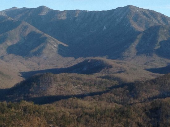 The Lodge at Buckberry Creek : balcony view of Mt Leconte