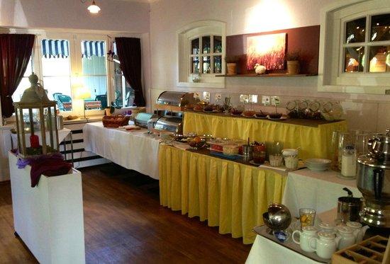 Fruhstucksbuffet Bild Von Flair Hotel Zur Eiche Buchholz