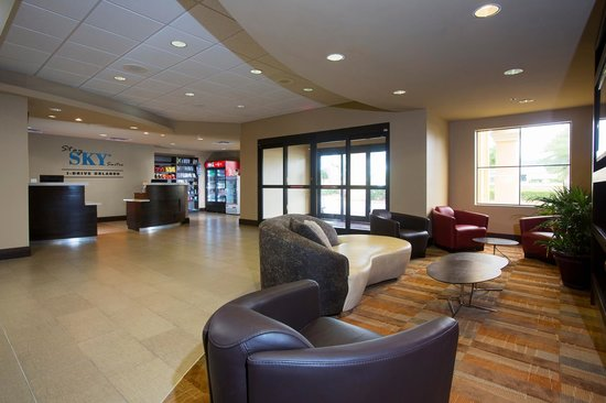 Hawthorn Suites by Wyndham Universal Photo