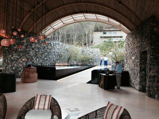 Andaz Peninsula Papagayo Resort: Welcome area