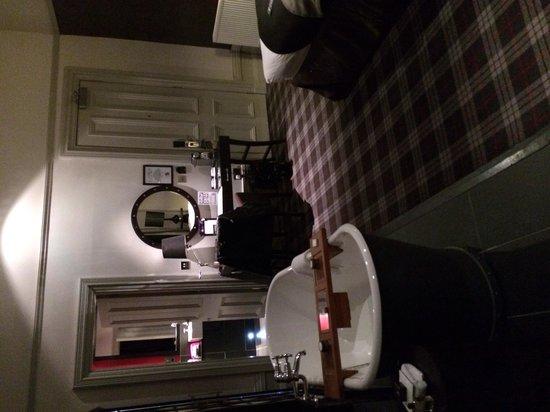 Malmaison Aberdeen: Junior suite room 32