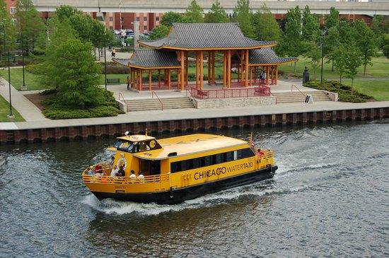Chicago Water Taxi is the best way to get to Chinatown!