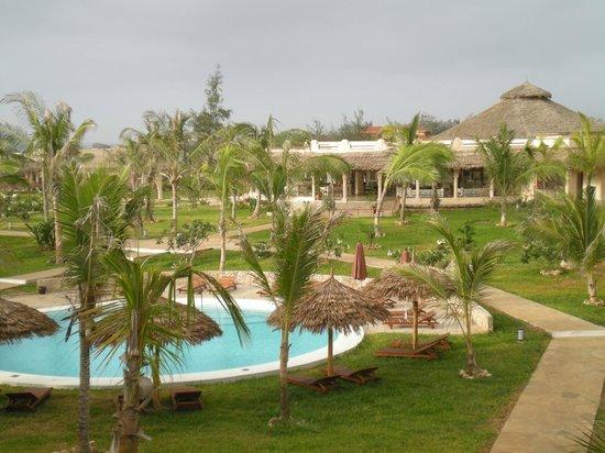Seven Islands Resort: giardini e piscina
