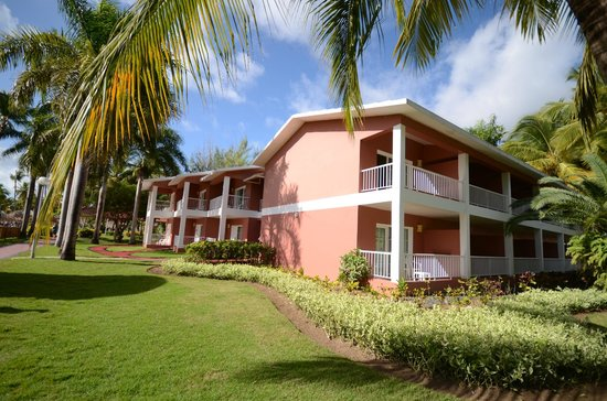 Grand Palladium Punta Cana Resort & Spa: another residential building