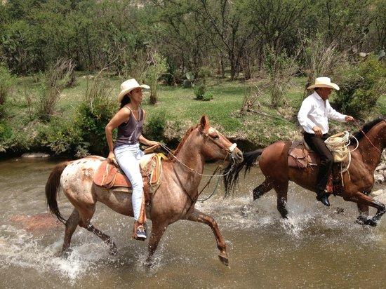 Rancho Xotolar: Hold On!!
