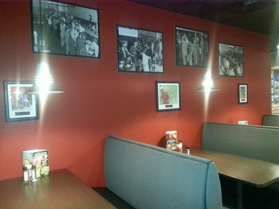 Brann's Steakhouse and Grille : Dining Area