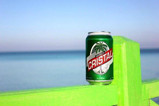 Memories Flamenco Beach Resort : Cerveza por favor!