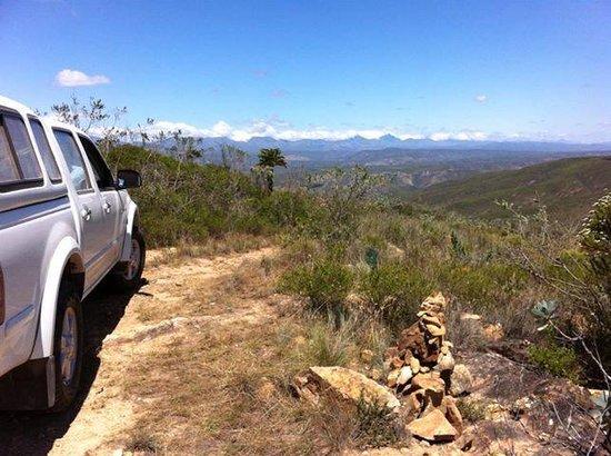 The ridge overlooking the Baviaans Lodge valleys