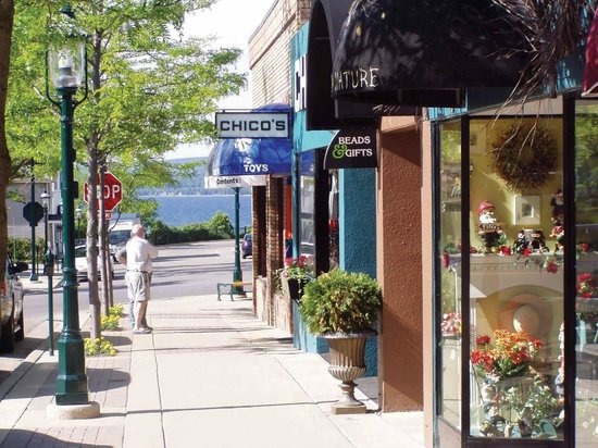Historic Gaslight District : Downtown Petoskey shopping with view of Little Traverse Bay