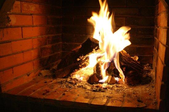 Riad Mur Akush: The fireplace