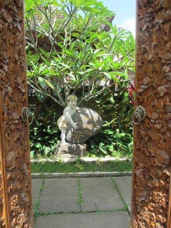 Ubud Permai 2: Entrée hôtel