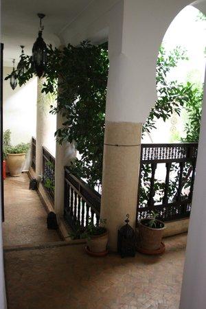 Riad Mur Akush: The atrium