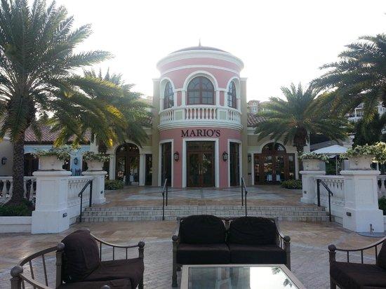 Sandals Grande Antigua Resort & Spa : entrance to Mario's