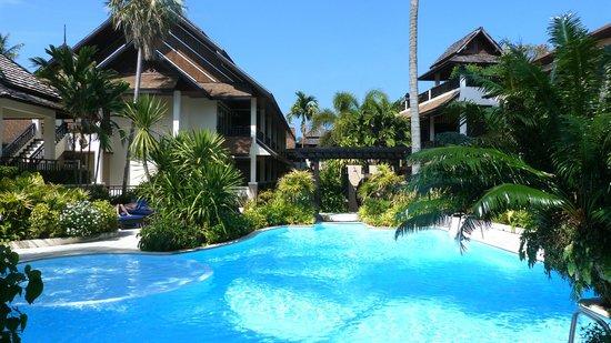 Phi Phi Banyan Villa: piscine