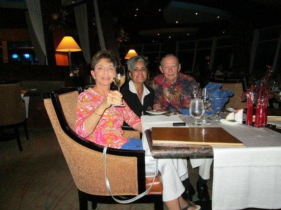 Windows on Aruba Restaurant : Celebrating at Windows