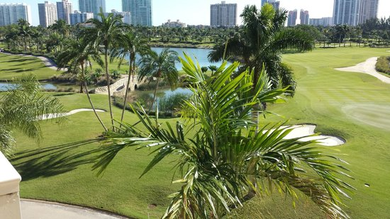 Turnberry Isle Miami, Autograph Collection: From Balcony