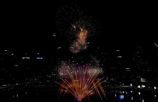 Novotel Sydney on Darling Harbour: Fire works as seen from our room on level 10
