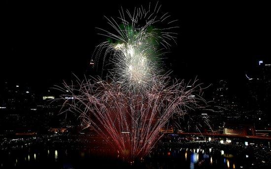 Novotel Sydney on Darling Harbour : spectacular fire works