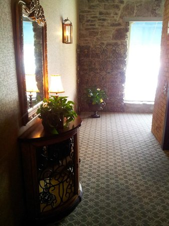 Nicollet Island Inn: Hallway