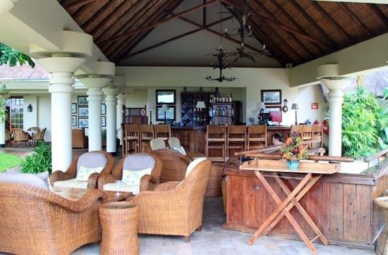 Ilala Lodge: Бар рядом с бассейном