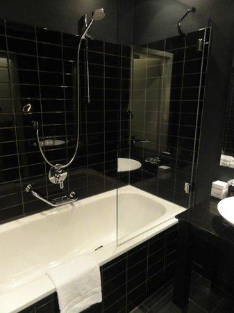 Park Hotel Amsterdam: Salle de bains