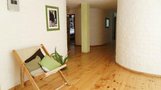 La Casa Verde- Eco Guest House: Corredor