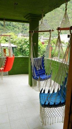 La Casa Verde- Eco Guest House: Balcon