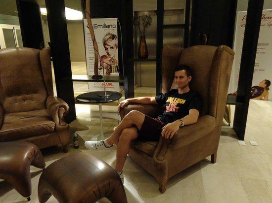 Esplendor Mendoza: parte del lobby
