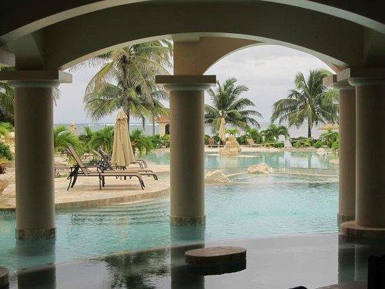 Coco Beach Resort: Pool