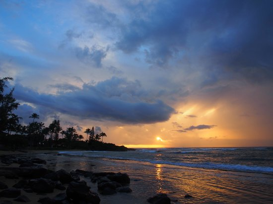 Kapaa Sands: the sunrise