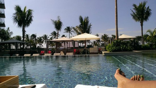 Andaz Maui At Wailea : View from top infinity pool