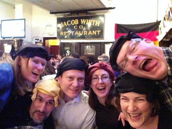 Jacob Wirth Restaurant: VERY Super fun times!